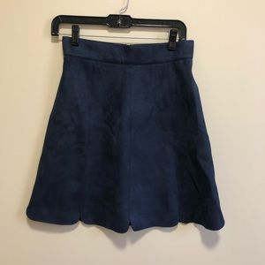 NWT Romeo+Juliet Couture   Navy skirt, small